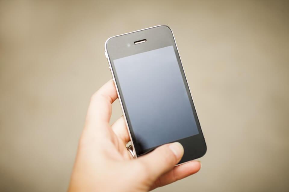 iPhoneのホームボタンの交換方法