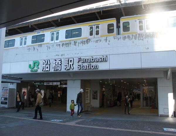 iPhone修理のリペアくん 船橋店への道順1