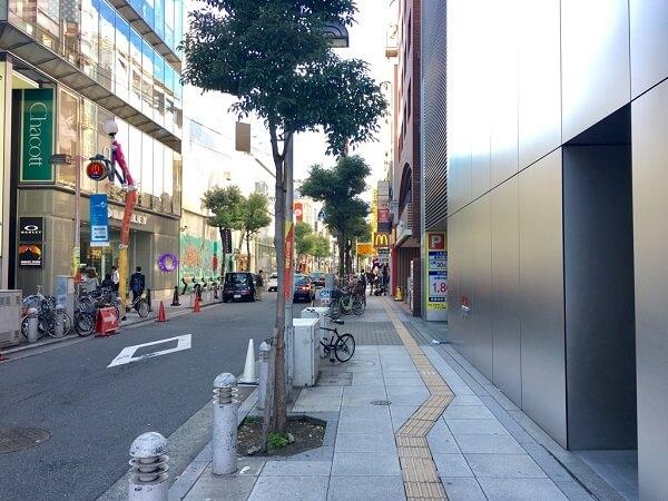 iCrackedStore心斎橋への道順6