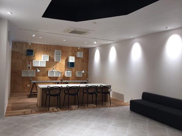 ガジェッターズスタジオ 熊本店の店内の様子の写真