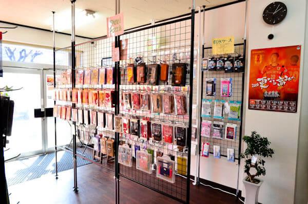 スマフォドクター 愛媛松山店の店内の様子の写真