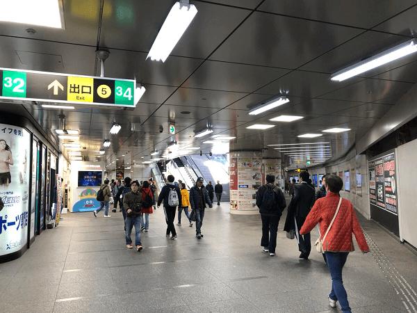 ダイワンテレコム梅田店への道順1